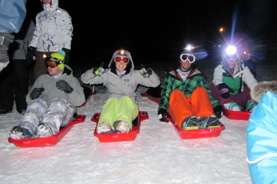 Night sledging down the Pleney